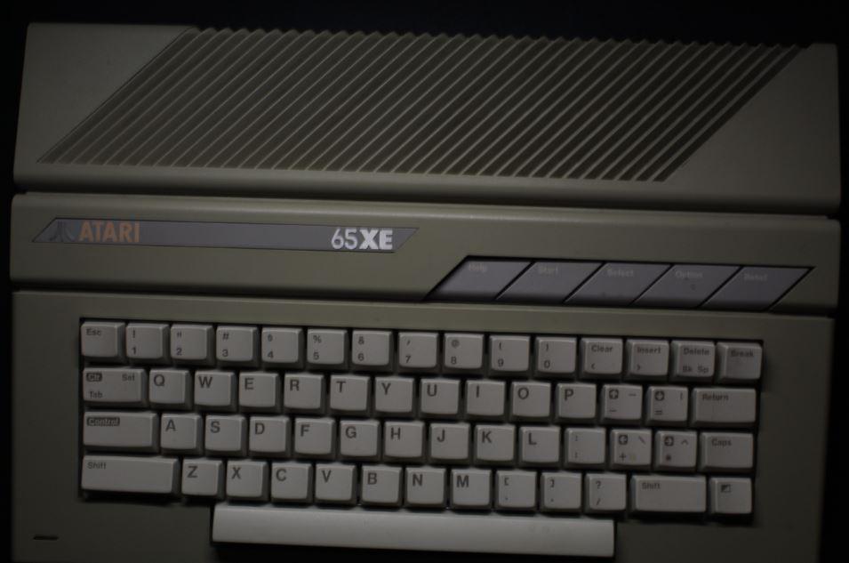 Atari 65xe Computer